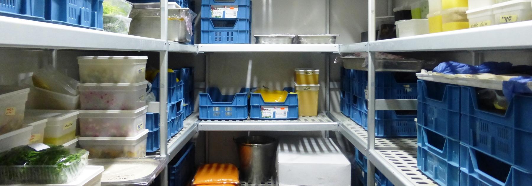 Алюминиевые стеллажи для холодильных камер