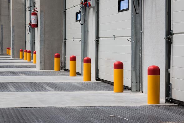 protective poles by Italmodular